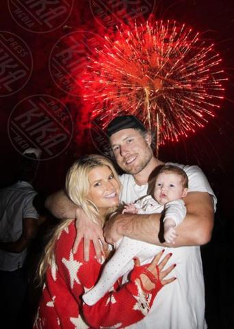 Eric Johnson, Maxwell, Jessica Simpson - Los Angeles - 06-07-2012 - Non solo divorzi, in arrivo una cascata di fiori d'arancio