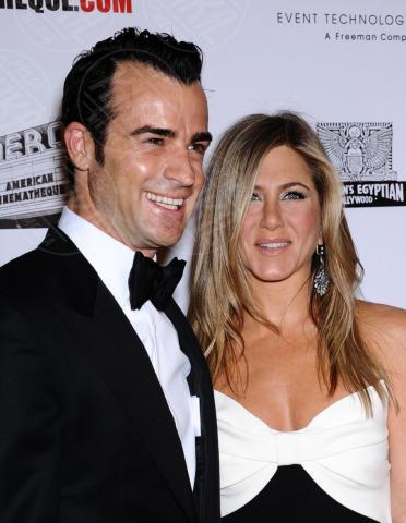 Justin Theroux, Jennifer Aniston - Beverly Hills - 14-11-2012 - Non solo divorzi, in arrivo una cascata di fiori d'arancio