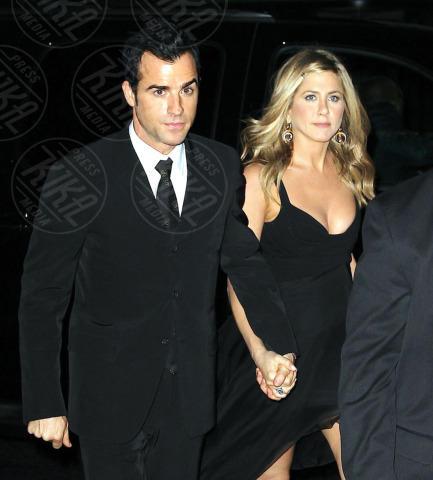 Justin Theroux, Jennifer Aniston - Bel Air - 08-11-2011 - Non solo divorzi, in arrivo una cascata di fiori d'arancio