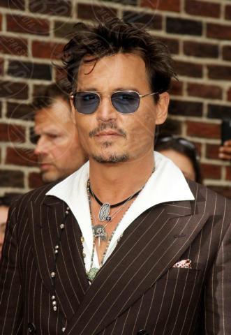 Johnny Depp - New York - 25-06-2013 - I colpi di testa, o di sole, degli uomini dello showbiz