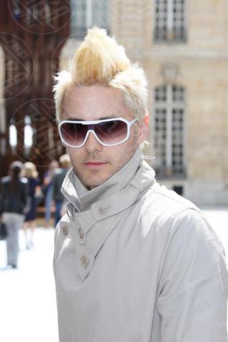 Jared Leto - Parigi - 04-07-2010 - I colpi di testa, o di sole, degli uomini dello showbiz