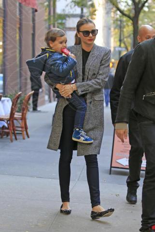 Flynn Bloom, Miranda Kerr - New York - 26-10-2013 - Miranda Kerr e Orlando Bloom ancora insieme?