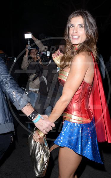 Elisabetta Canalis - Beverly Hills - 25-10-2013 - Elisabetta Canalis ha un nuovo amore?