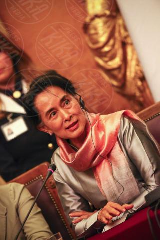 "Aung San Suu Kyi - Roma - 28-10-2013 - Boldrini incontra San Suu Kyi: ""Un esempio per tutte le donne"""