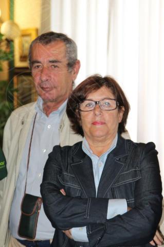 Raffaella Ruggiero, Aristide D'Alessandro - Napoli - 29-10-2013 - Striscione sulla facciata del Comune per Cristian D'Alessandro