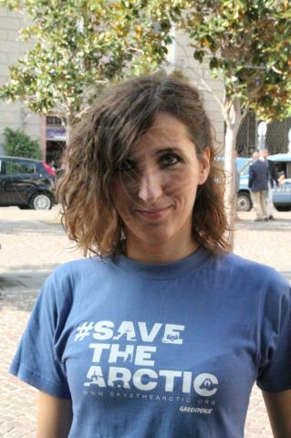 attivista - Napoli - 29-10-2013 - Striscione sulla facciata del Comune per Cristian D'Alessandro