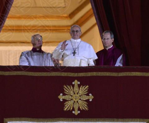 Papa Francesco, Conclave - Roma - 13-03-2013 - Forbes: Vladimir Putin è l'uomo più potente al mondo