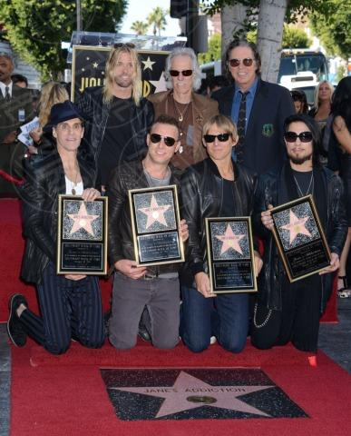John Doe, Stephen Perkins, Chris Chaney, John Densmore, Taylor Hawkins, Perry Farrell, Dave Navarro - Hollywood - 30-10-2013 - I Jane's Addiction ricevono la stella sulla Walk of Fame