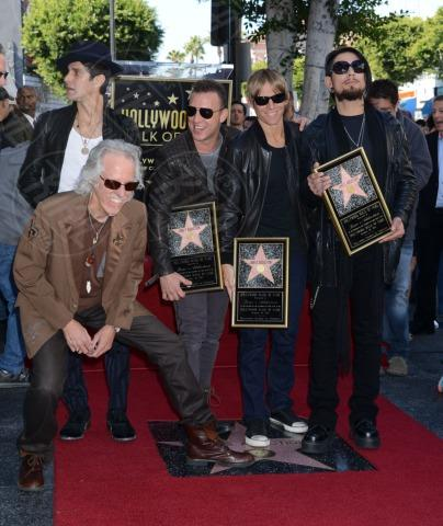 Stephen Perkins, Chris Chaney, John Densmore, Perry Farrell, Dave Navarro - Hollywood - 30-10-2013 - I Jane's Addiction ricevono la stella sulla Walk of Fame