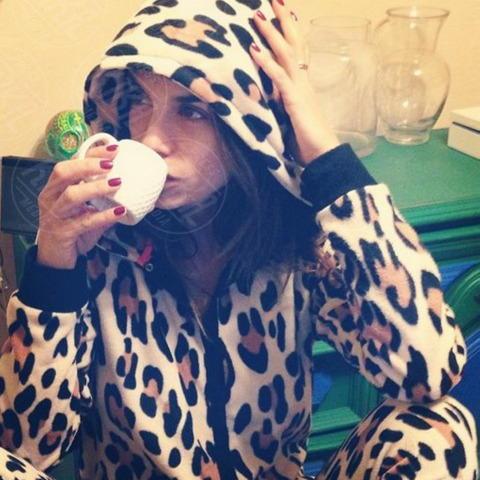 Elisabetta Canalis - Los Angeles - 30-10-2013 - Dillo con un tweet: il quadretto familiare di Lola Ponce