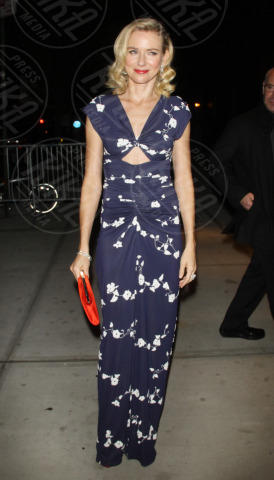 Naomi Watts - New York - 30-10-2013 - Vade retro abito! Naomi Watts in Michael Kors