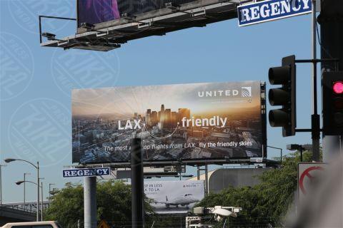 LAX - Los Angeles - 01-11-2013 - Paura e delirio all'aeroporto Lax, aggressore uccide un agente