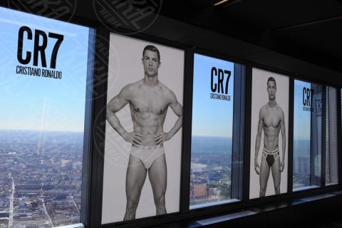 Cristiano Ronaldo - Madrid - 31-10-2013 - Cristiano Ronaldo di nuovo in mutande per la nuova linea CR7