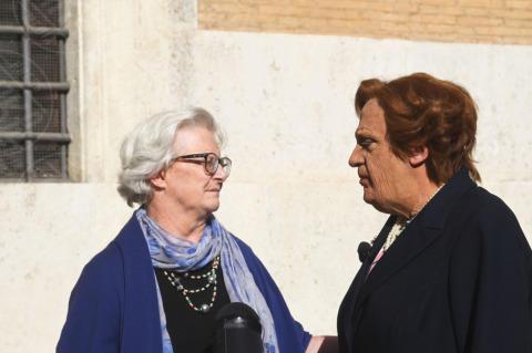 Dario Ballantini - Roma - 04-11-2013 - Il ministro prepara la faccia per il faccia a faccia in Senato
