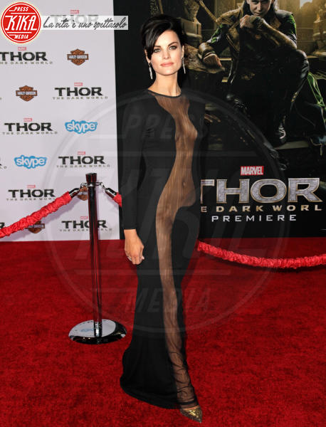 Jaimie Alexander - Los Angeles - 05-11-2013 - Alessia Marcuzzi: sotto il vestito – e l'Isola – niente!