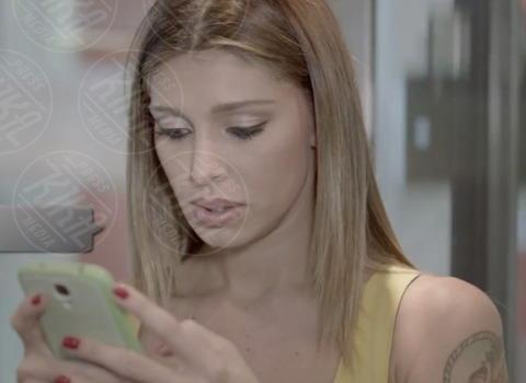 Belen Rodriguez - Milano - 06-11-2013 - Gli smartphone influenzeranno l'evoluzione dell'uomo
