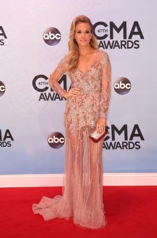 Carrie Underwood - Nashville - 06-11-2013 - Avvolte in una nuvola di tulle e sotto… la lingerie!
