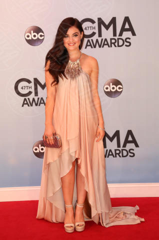 Lucy Hale - Nashville - 06-11-2013 - Country Music Awards: A Taylor Swift il Pinnacle Award