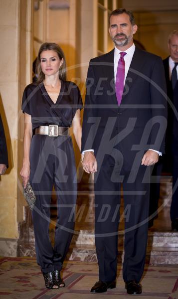 Re Felipe di Borbone, Letizia Ortiz principessa di Spagna - Madrid - 06-11-2013 - La tuta glam-chic conquista le celebrity