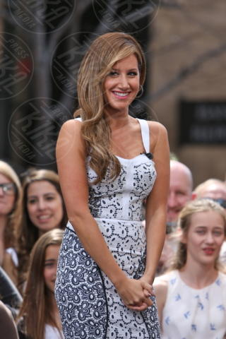 Ashley Tisdale - Los Angeles - 02-04-2013 - Ashley Tisdale e Stacy Keibler: chi lo indossa meglio?