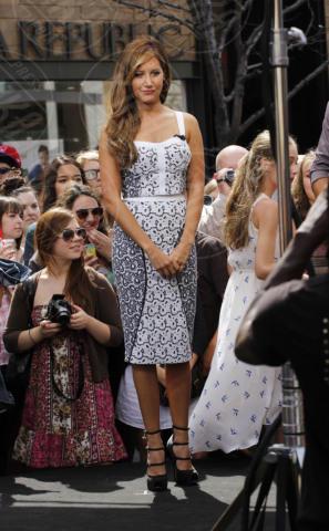 Ashley Tisdale - 02-04-2013 - Ashley Tisdale e Stacy Keibler: chi lo indossa meglio?