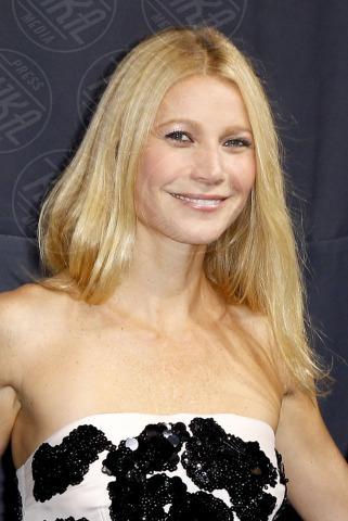 Gwyneth Paltrow - Parigi - 07-11-2013 - Per Gwyneth Paltrow è già tempo di feste natalizie