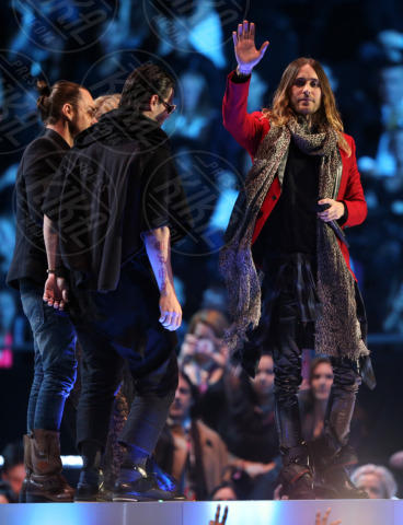 Thirty Seconds to Mars, Jared Leto - Amsterdam - 11-11-2013 - Europe Music Awards: Miley Cyrus fuma uno spinello sul palco