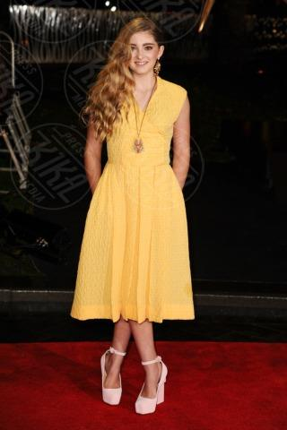 Willow Shields - Londra - 12-11-2013 - Giallo e arancione, colori del sole e dell'estate!