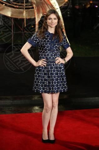 Sophie Ellis Bextor - Londra - 11-11-2013 - L'abito della bella stagione? Il corolla dress, sexy e bon ton!