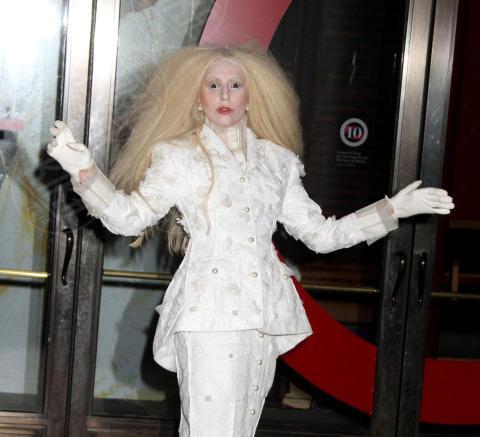Lady Gaga - New York - 11-11-2013 - Anche le celebrity sono state vittime di bullismo a scuola