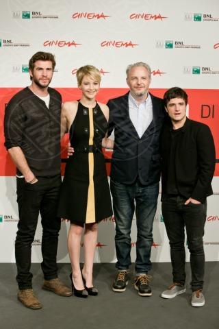Liam Hemsworth, Francis Lawrence, Jennifer Lawrence, Josh Hutcherson - Roma - 13-11-2013 - Festival di Roma: finalmente la tanto attesa Jennifer Lawrence