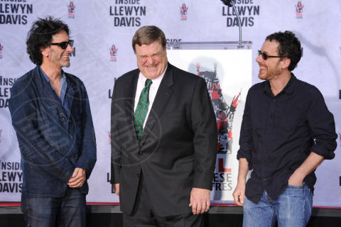 John Goodman, Ethan Coen, Joel Coen - Hollywood - 14-11-2013 - John Goodman lascia l'impronta su Hollywood