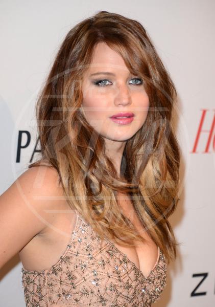 Jennifer Lawrence - Los Angeles - 04-02-2013 - Quando le celebrity ci danno un taglio… ai capelli!