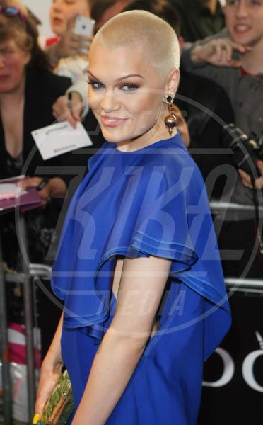 Jessie J - Londra - 04-06-2013 - Lungo o corto: le star fanno bene a darci un taglio?