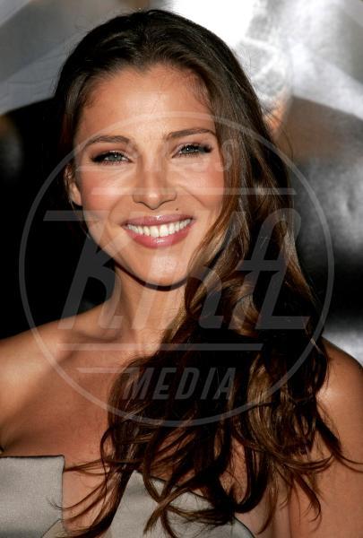 Elsa Pataky - Hollywood - 17-08-2006 - Quando le celebrity ci danno un taglio… ai capelli!