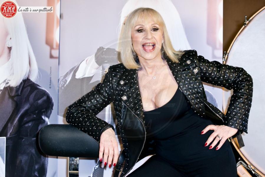 Raffaella Carrà - Roma - 14-11-2013 - Dalle stalle alle stelle: i lavori umili delle star
