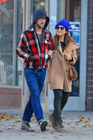 Ryan Gosling, Eva Mendes - New York - 22-11-2012 - Ryan Gosling torna tra le braccia di Rachel McAdams