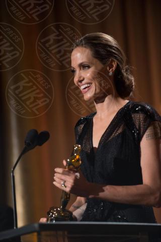 Angelina Jolie - Hollywood - 16-11-2013 - Angelina Jolie premiata per il suo impegno umanitario