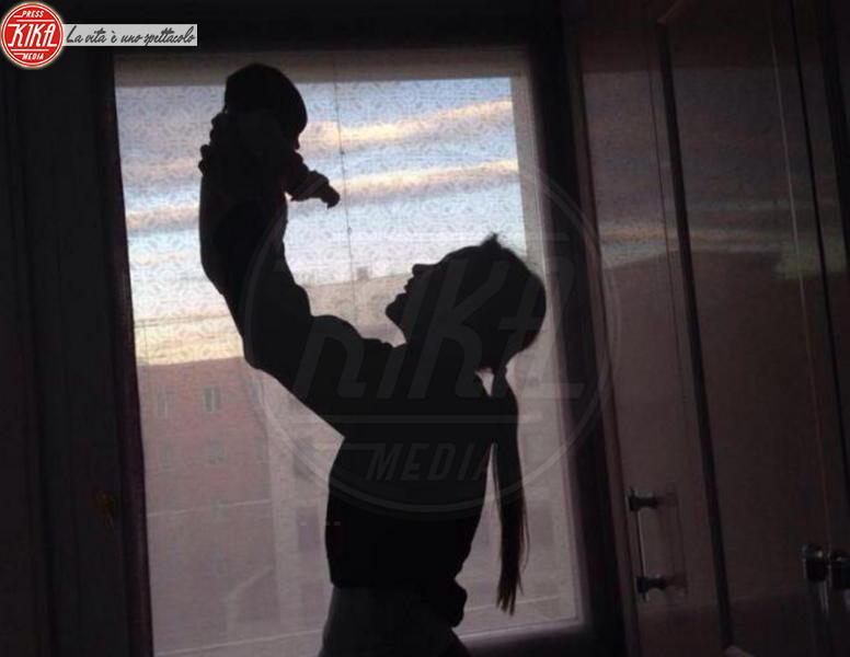 Aurora Ramazzotti - Los Angeles - 18-11-2013 - I neonati diventano star in rete grazie al Childbirth-selfie