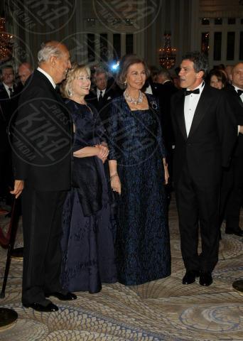 Sofia di Spagna, Hillary Clinton, Oscar de La Renta, Antonio Banderas - New York - 19-11-2013 - Hillary Clinton: