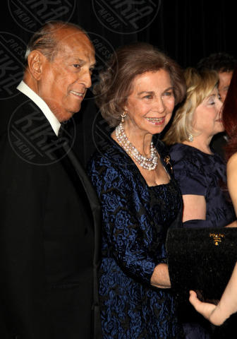 Sofia di Spagna, Hillary Clinton, Oscar de La Renta - New York - 19-11-2013 - Oscar de la Renta è morto all'etàdi 82 anni