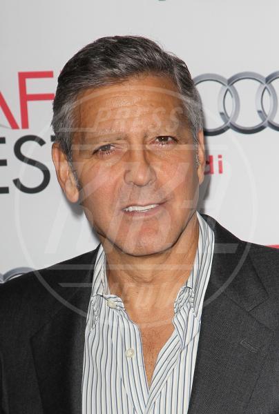 George Clooney - Hollywood - 09-11-2013 - Miley Cyrus sorprende ancora: senza sopracciglia su Twitter
