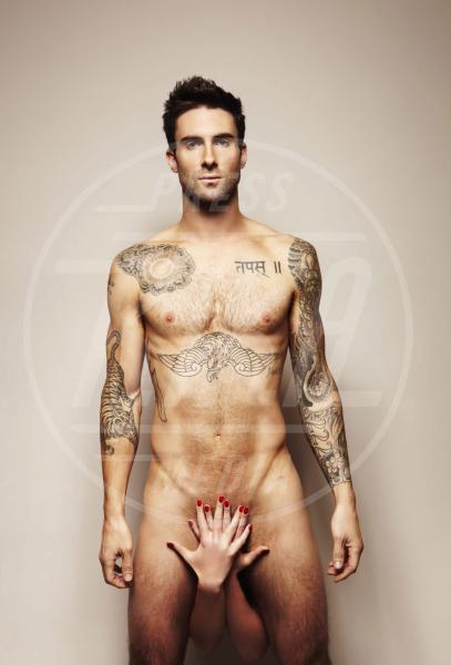 Adam Levine - 19-11-2010 - Sono esibizionista dunque sono: le star si mettono a nudo