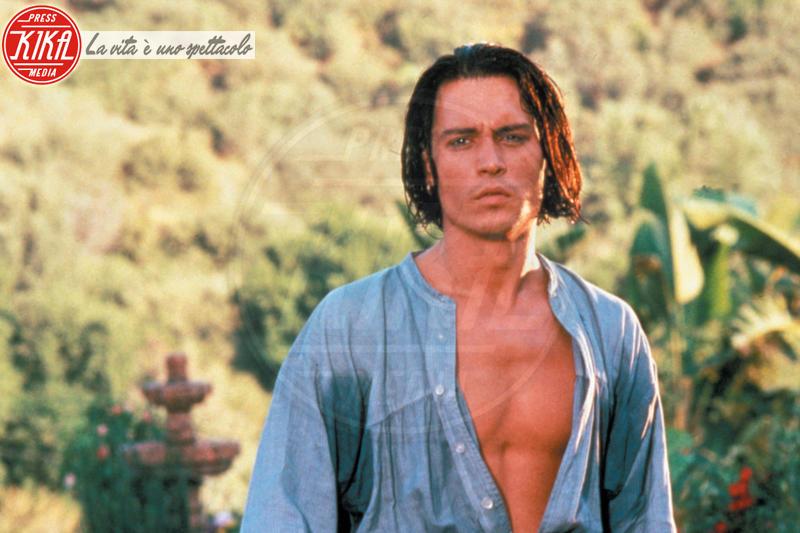 Johnny Depp - Los Angeles - 07-04-1995 - Le star di Hollywood raccontano la loro prima volta