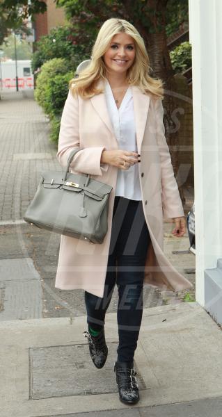 Fearne Cotton - Londra - 25-09-2013 - L'inverno è più romantico con il cappotto rosa!