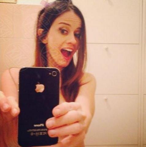 Chiara Iezzi - Milano - 22-11-2013 - Dillo con un tweed: Naike Rivelli e lo yoga nuda