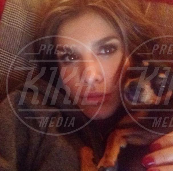 Elisabetta Canalis - Los Angeles - 25-11-2013 - Le sopracciglia folte sono il nuovo trend