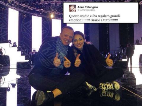 """Gigi D'Alessio, Anna Tatangelo - Los Angeles - 25-11-2013 - Dillo con un tweet: Elisabetta Canalis, """"La str…. dorme"""""""