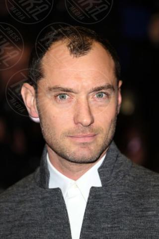 Jude Law - Londra - 28-10-2013 - Dominatori, indecisi e orgogliosi: ecco le rughe rivelatrici