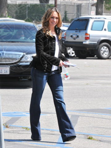 Jennifer Love Hewitt - Los Angeles - 03-04-2013 - Jennifer Love Hewitt è diventata mamma e anche moglie